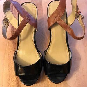 Lane Bryant Black And Beige Sandals size 10W